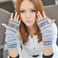 D232 韩版冬季小鹿雪花手套 长款加厚露指针织毛线手套