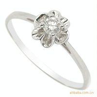 易燃火山专柜*** 新款钻戒 爆款 18k白金钻石女戒 婚戒 指环戒指