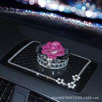 镶钻汽车摆件 山茶花香水座车内香薰摆件 水晶贴钻除异味汽车用品