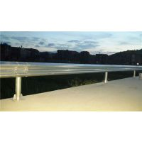 公路波形梁护栏板尺寸-公路波形梁护栏-君宏护栏