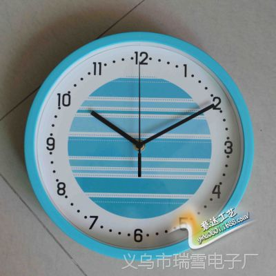 韩版简约圆形卧室客厅房间塑料10寸大挂钟学校礼品艺术时钟定制