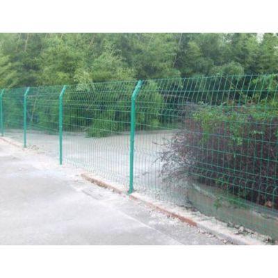 美格护栏网 框架围栏网厂家长期大量供应